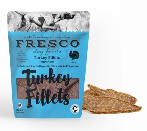 Fresco Chicken Fillet Dog Treats From The Pet Parlour Dublin. Grain Free and raw food specialists.